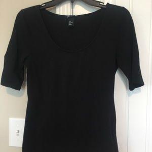 Basics H&M. Size medium. Black short sleeve